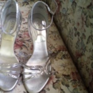 Guess shimmer stilletto heels